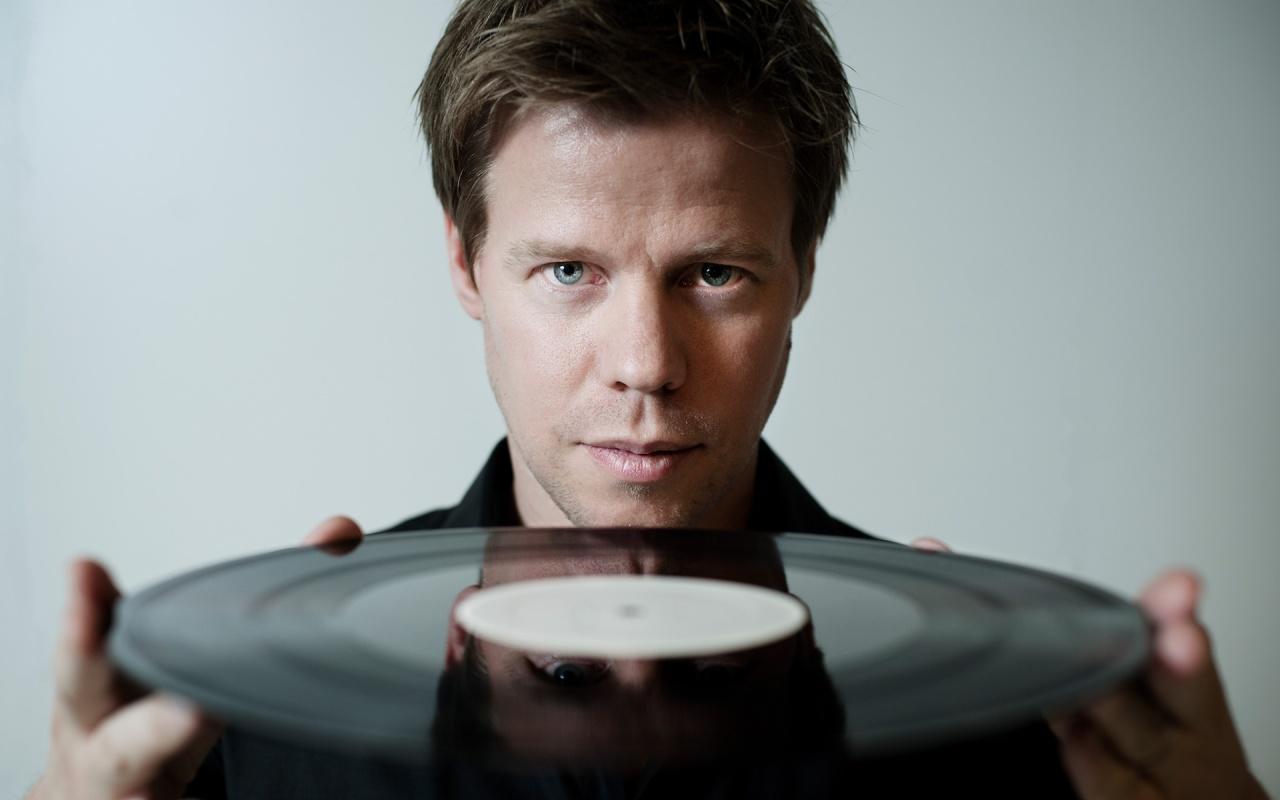 mejores campañas de marketing musical - kwettr Ferry-Corsten
