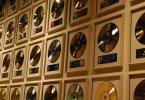 Acerca de la industria musical. Negocio, sellos, contratos y trato a los artistas