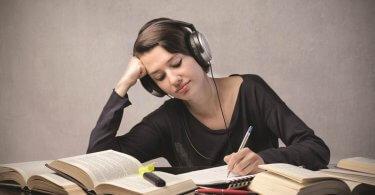 Hábitos de Escucha en Spotify de los Estudiantes en 2017