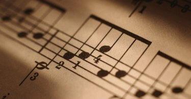 Investigación. Obteniendo ingresos de composición para música de cine y TV