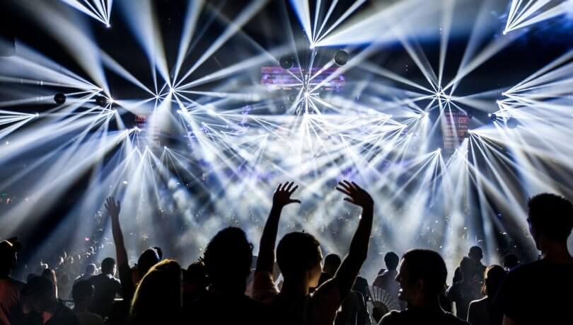 Industria de la música en vivo y los festivales Top 50 mundiales