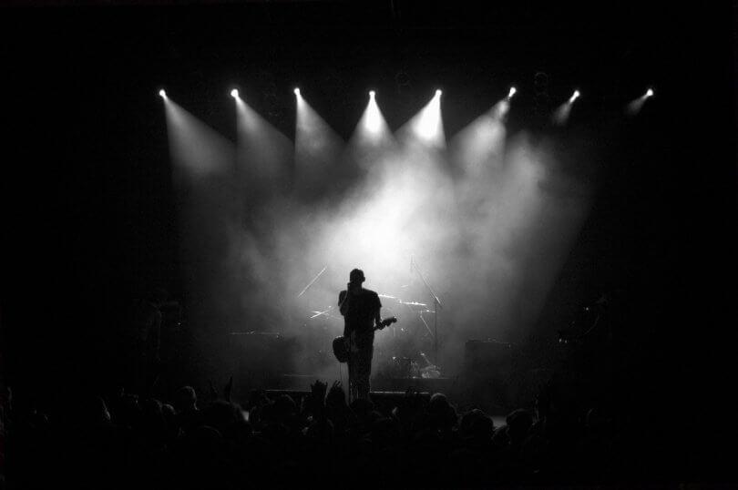 Industria musical   Sellos discográficos, autogestión y narrativa