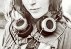 Los millenials escuchan un 75% más música que los Baby Boomers