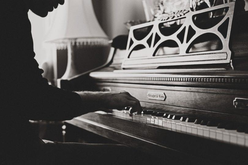 Tendencias En Composición Musical en el Top 10 de Billboard