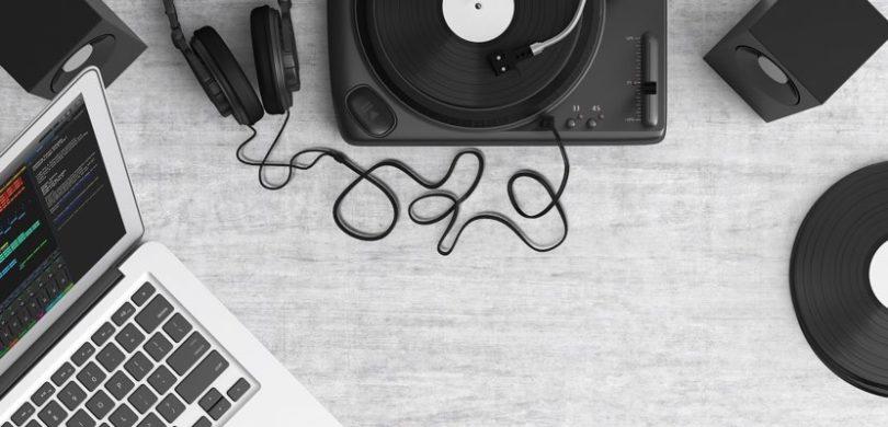 Playlists VS Vinilos VS Álbumes | ¿Quién Gana?