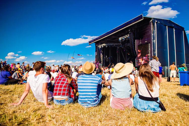 4 Formas de Potenciar el Networking como Asistente a Festivales