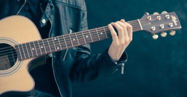 4 Formas de Conseguir un Acuerdo de Sincronización para Artistas Independientes