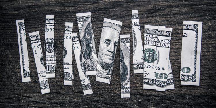 Cómo Ganan Dinero los Sellos Discográficos