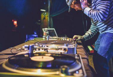 4 cosas que necesitas como dj ademas de talento