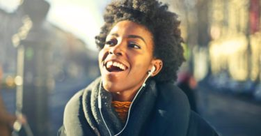 nielsen musica predice 1000 millones streams 2019 eeuu canada