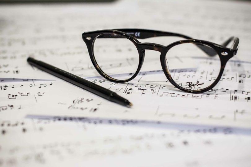 factores ingresos compositores