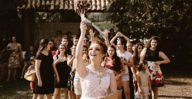 cancion lanzamiento ramo novia