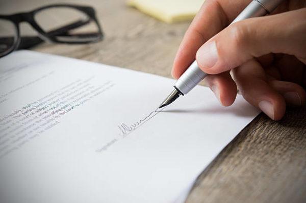 redaccion contratos industria musical