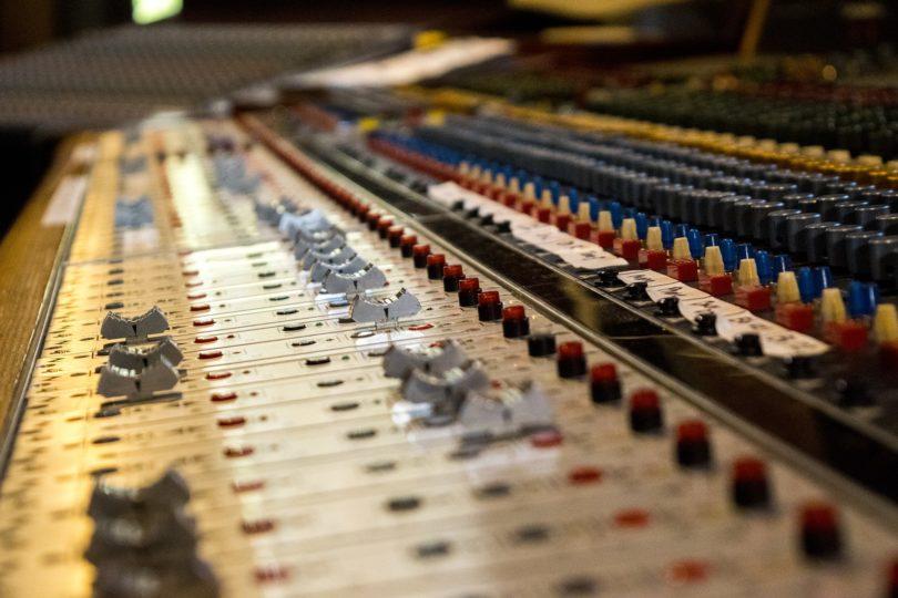 productores de musica mas famosos