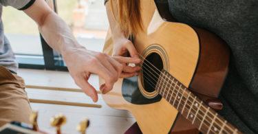 profesor de guitarra oferta de empleo