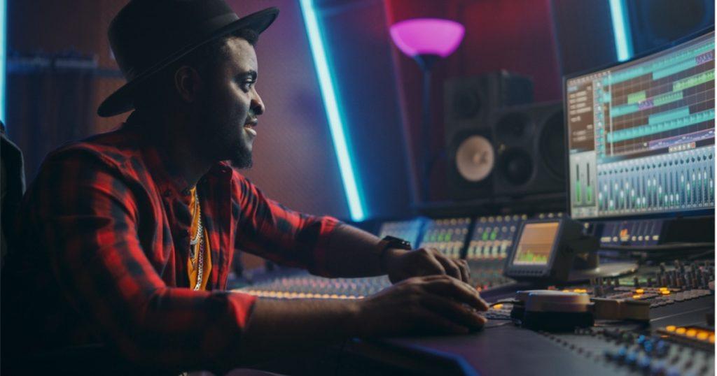 salidas profesionales musica - ingeniero de mezcla