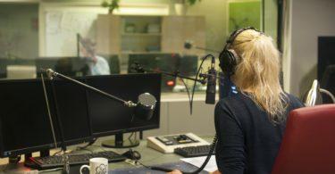 salidas profesionales - supervisor musical radio